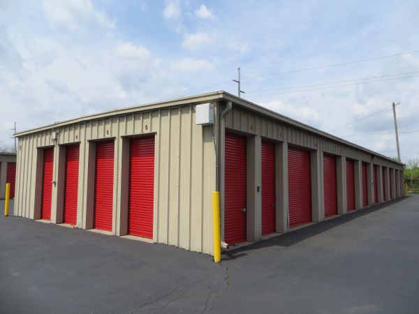 Briggs Self Storage 1521 Harrisburg Pike Columbus, OH - Photo 6