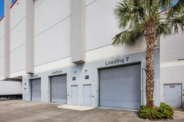 Storage King USA - 035 - Fort Lauderdale, FL - SE 6th Ave 3340 Southeast 6th Avenue Fort Lauderdale, FL - Photo 1