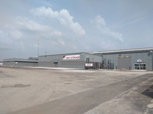 Devon Self Storage - Davenport 2070 West River Drive Davenport, IA - Photo 1