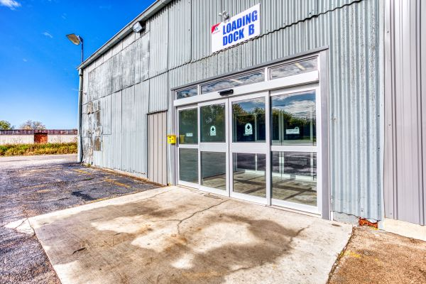 Devon Self Storage - Davenport 2070 West River Drive Davenport, IA - Photo 0
