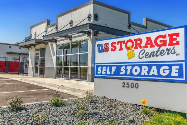 US Storage Centers - Inver Grove Heights 2500 50th Street East Inver Grove Heights, MN - Photo 0