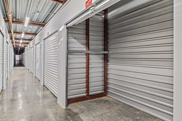 US Storage Centers - Inver Grove Heights 2500 50th Street East Inver Grove Heights, MN - Photo 5
