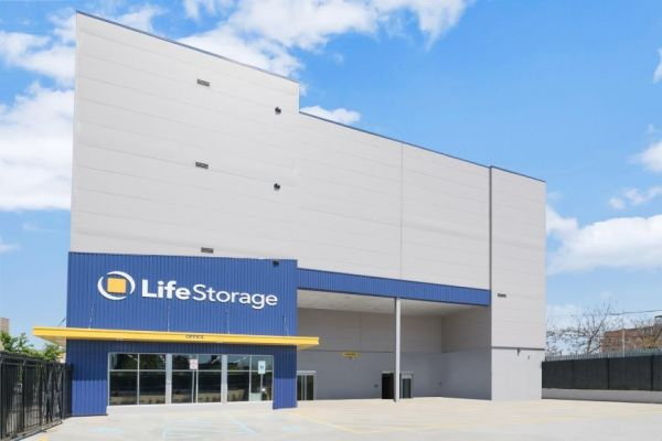 Life Storage - Brooklyn - 1690 East New York Ave 1690 East New York Avenue Brooklyn, NY - Photo 2