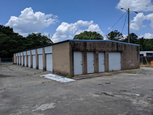 Ms. Lillian's Self-Storage - Fairburn 220 Bay Street Southeast Fairburn, GA - Photo 2