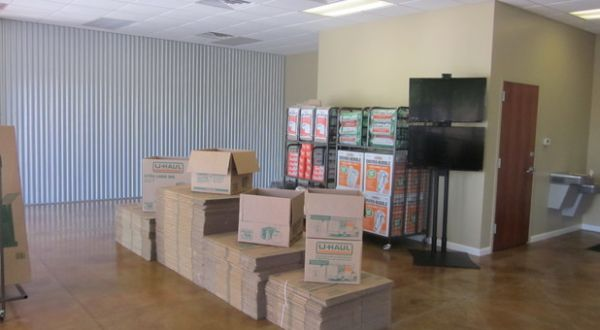 Convenient Self Storage 4324 S Shackleford Rd Little Rock, AR - Photo 2