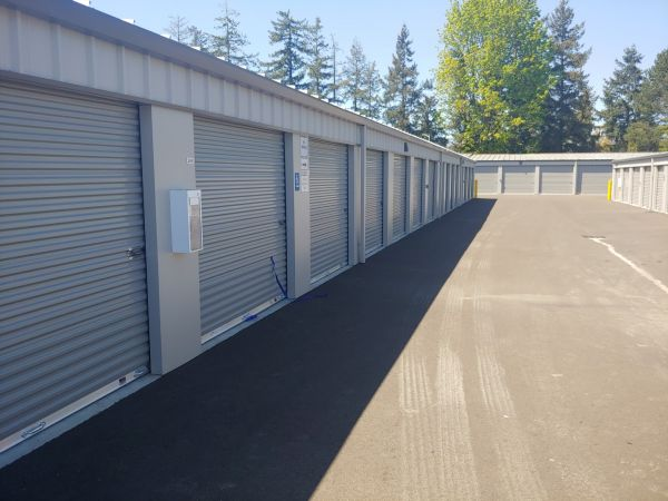 Hawthorne Mini & RV Storage 1241 Hawthorne Avenue Northeast Salem, OR - Photo 2
