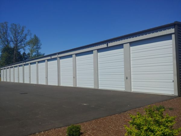 Hawthorne Mini & RV Storage 1241 Hawthorne Avenue Northeast Salem, OR - Photo 6