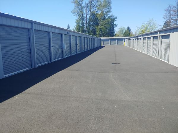 Hawthorne Mini & RV Storage 1241 Hawthorne Avenue Northeast Salem, OR - Photo 8