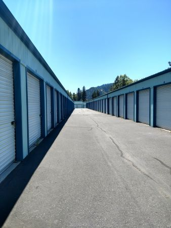 Rogue River Self Storage 5350 North River Road Rogue River, OR - Photo 2