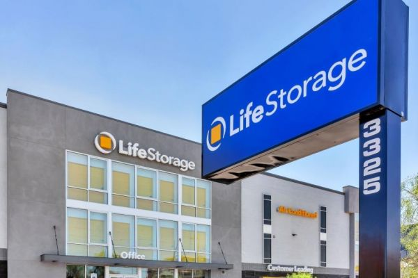 Life Storage - Phoenix - 3325 North 16th Street 3325 North 16th Street Phoenix, AZ - Photo 2