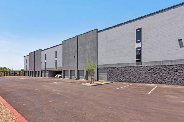 Life Storage - Phoenix - 3325 North 16th Street 3325 North 16th Street Phoenix, AZ - Photo 6