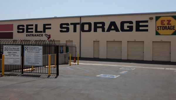 E-Z Storage of Burbank, L.P. 20 East Alameda Avenue Burbank, CA - Photo 0