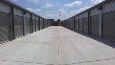 Life Storage - San Antonio - 3535 Roosevelt Avenue 3535 Roosevelt Avenue San Antonio, TX - Photo 7