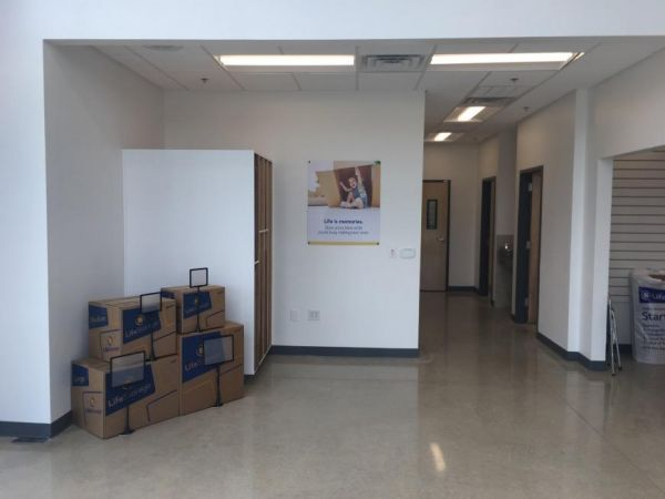 Life Storage - San Antonio - 3535 Roosevelt Avenue 3535 Roosevelt Avenue San Antonio, TX - Photo 3