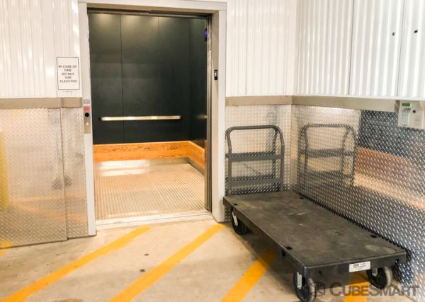 CubeSmart Self Storage - Farmers Branch 4250 McEwen Road Farmers Branch, TX - Photo 3