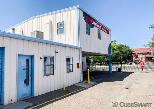 CubeSmart Self Storage - Albuquerque - 306 Menaul Blvd NE 306 Menaul Boulevard Northeast Albuquerque, NM - Photo 2
