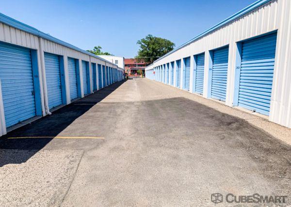 CubeSmart Self Storage - Albuquerque - 306 Menaul Blvd NE 306 Menaul Boulevard Northeast Albuquerque, NM - Photo 3