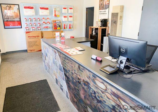 CubeSmart Self Storage - Albuquerque - 306 Menaul Blvd NE 306 Menaul Boulevard Northeast Albuquerque, NM - Photo 4