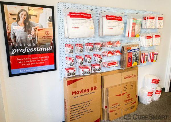 CubeSmart Self Storage - Albuquerque - 306 Menaul Blvd NE 306 Menaul Boulevard Northeast Albuquerque, NM - Photo 5