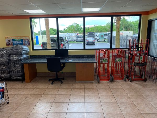 Value Store It - North Lauderdale 8500 West Mcnab Road North Lauderdale, FL - Photo 7