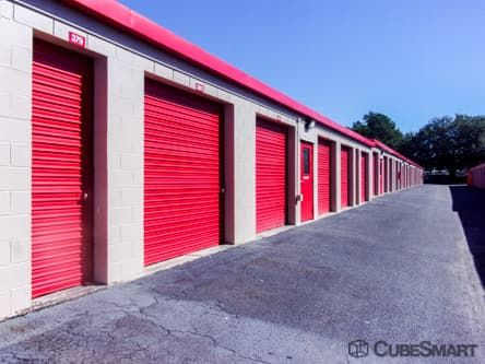 CubeSmart Self Storage - North Charleston - 5850 Rivers Ave 5850a Rivers Avenue North Charleston, SC - Photo 3