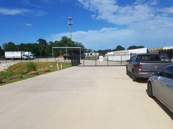 Prestonwood Storage 13118 Schroeder Road Houston, TX - Photo 2