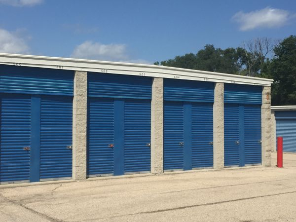 Apple Self Storage - Wauconda 540 South Rand Road Wauconda, IL - Photo 8