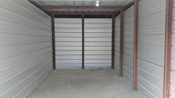 Evansville Self Storage LLC 1901 N 4th Ave Evansville, IN - Photo 3