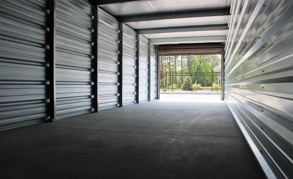 195 Self Storage LLC 640 West Commodore Boulevard Jackson Township, NJ - Photo 3