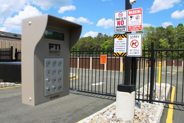 195 Self Storage LLC 640 West Commodore Boulevard Jackson Township, NJ - Photo 5