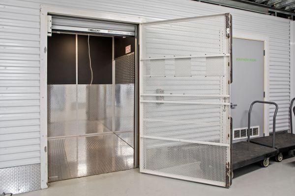 US Storage Centers - Minneapolis 434 Lakeside Avenue Minneapolis, MN - Photo 6
