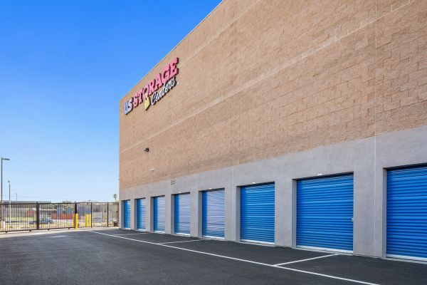 US Storage Centers - Compton 1901 West El Segundo Boulevard Compton, CA - Photo 1