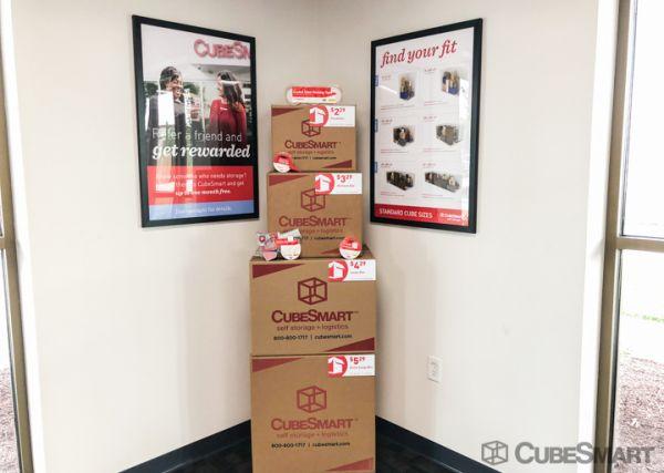 CubeSmart Self Storage - Murfreesboro - 2148 Medical Center PKWY 2148 Medical Center Parkway Murfreesboro, TN - Photo 5