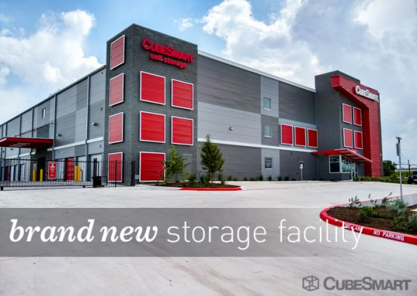 CubeSmart Self Storage - San Antonio - 1426 N. PanAm EXPY 1426 North PanAm Expressway San Antonio, TX - Photo 0