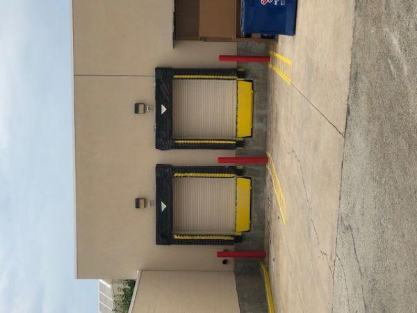 Right Move Storage - Ridgmar 2000 Green Oaks Road Fort Worth, TX - Photo 6