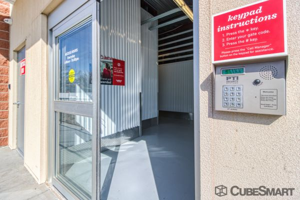 CubeSmart Self Storage - Lakewood - 6206 W. Alameda Ave. 6206 West Alameda Avenue Lakewood, CO - Photo 7