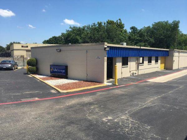 Life Storage - Richardson - Centennial Boulevard 140 Centennial Blvd Richardson, TX - Photo 3