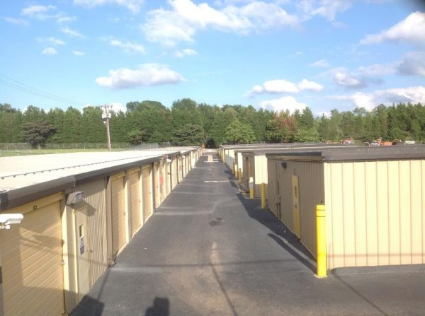 Life Storage - Greensboro - Stage Coach Trail 118 Stage Coach Trl Greensboro, NC - Photo 4