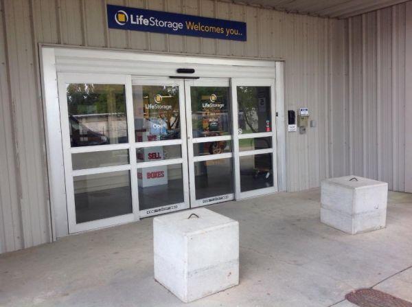 Life Storage - Jackson - 5961 I-55 North 5961 I-55 N Jackson, MS - Photo 3