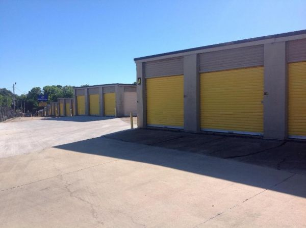 Life Storage - Jackson - North West Street 4000 N West St Jackson, MS - Photo 4