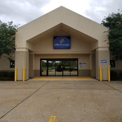 Life Storage - Lafayette - 2207 West Pinhook Road 2207 W Pinhook Rd Lafayette, LA - Photo 0