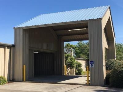 Life Storage - Lafayette - 2207 West Pinhook Road 2207 W Pinhook Rd Lafayette, LA - Photo 3