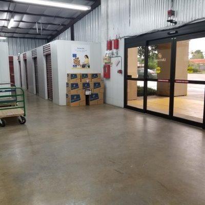 Life Storage - Lafayette - 2207 West Pinhook Road 2207 W Pinhook Rd Lafayette, LA - Photo 5