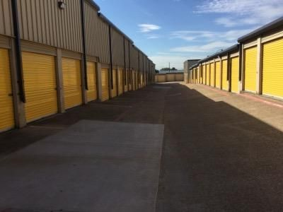 Life Storage - Dallas - Plantation Road 1606 Plantation Rd Dallas, TX - Photo 2