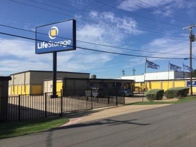 Life Storage - Dallas - Plantation Road 1606 Plantation Rd Dallas, TX - Photo 0