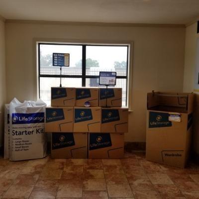 Life Storage - Lafayette - 2860 Northeast Evangeline Thruway 2860 NE Evangeline Thwy Lafayette, LA - Photo 4