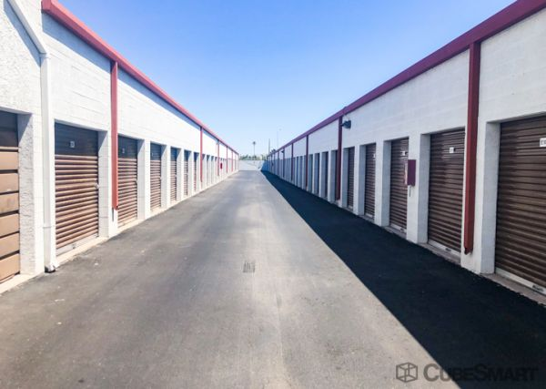 CubeSmart Self Storage - Mesa - 240 E Southern Ave. 240 East Southern Avenue Mesa, AZ - Photo 2