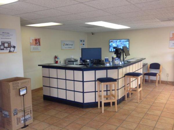 Life Storage - Jackson - 6011 I-55 North 6011 I-55 N Jackson, MS - Photo 0