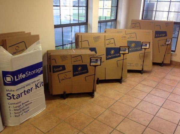Life Storage - Jackson - 6011 I-55 North 6011 I-55 N Jackson, MS - Photo 5