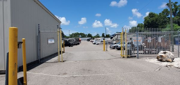 Tropicana Storage Clearwater 29712 Us Highway 19 North Clearwater, FL - Photo 2